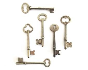 6 Vintage keys Old skeleton keys Antique keys Skelton key Skeleton key collection Large skeleton keys Old keys Steampunk keys Bit keys # 7