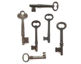 6 Vintage skeleton keys Vintage Old keys antique keys Antique skelton keys Antique skeleton keys Key collection Key group Old bit keys #3