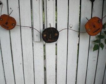 Primitive Pumpkin Garland