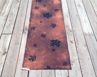 Beautiful Fall Green Mountain Maple Leaf 100 % Cotton Black and Rust Discharge Dyed Table Runner
