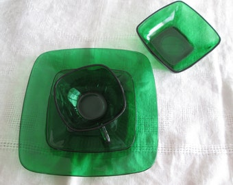 Forest Green Glass Luncheon Set Anchor Plate Bowl Cup Saucer Dark Green Glass Christmas Dishes St. Patrick's Day Dishes Tea Coffee Cup Set