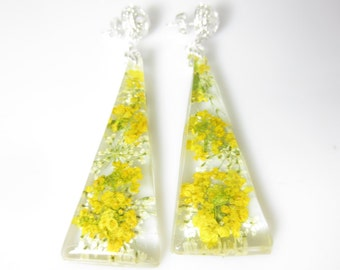 Lemonade  Post Earrings, Real Flower Earrings, Pressed Flowers, Resin (1970)