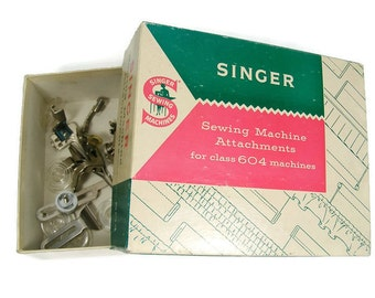 Singer Sewing Machine Attachments for 604 machines Includes 5 Feet, 5 Bobbins, 2 Guides