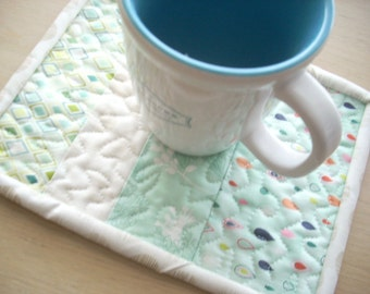 fresh cut in aqua mug rug - FREE SHIPPING