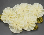 Winter White Pansy or Violet Cluster Applique