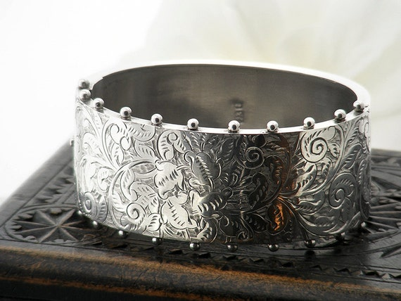Victorian Sterling Silver Bracelet | Antique Silver Cuff Bracelet | 1882 Hallmarks, Paisley Pattern, Beaded Edge | 1 Inch Wide Hinged Bangle