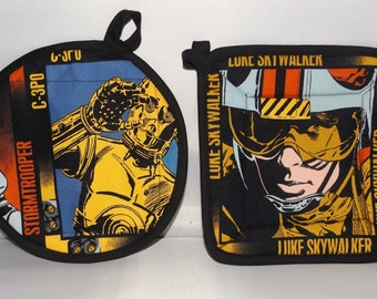 Star Wars  Pot Holders -Set of 2      Lucas     Luke Skywalker and C3PO