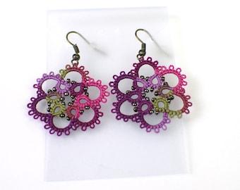 Flower Lace Earrings, Flower Earrings, Purple Earrings, Tatted Earrings, Lace Earrings, Tatting Earrings, Floral Lace Earrings