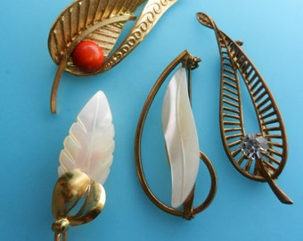 Authentic 1900s collection  antique Mother of Pearl Brooches - 4 fine examples nostalgic beauty by European ArtNouveau jewellery-art.319/4