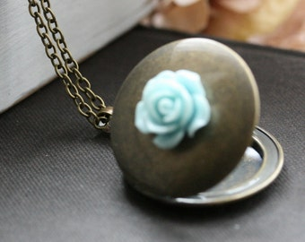Round locket necklace, photo locket, blue flower, picture locket, gift for her, jewelry gift idea, photo necklace locket, locket - Louisa