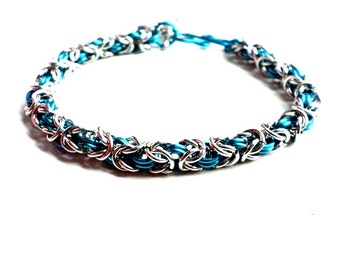 Silver and turquoise chainmaille bracelet with starfish rhinestone charm-turquoise and silver-chainmaille-chainmail-summer jewelry-starfish
