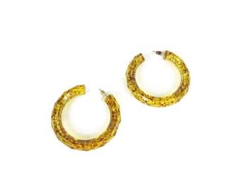 1980s Acrylic Hoop Earrings Marbled Earrings Flecked Acrylic Earrings Vintage Yellow Hoop Earrings Clear See Through Lucite Earrings