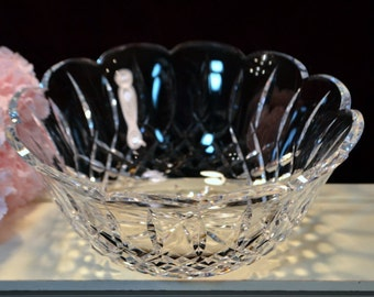 Waterford Crystal Giftware Line Scalloped Edge Console Bowl,  Vintage 1980s Mid Century Fine Crystal, Vintage Signed Waterford, Scarce Piece
