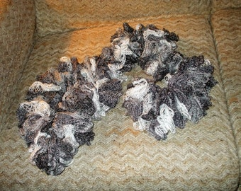 black and grays sparkle boa