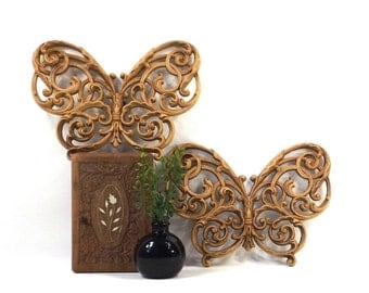 vintage 70s butterfly wall plaques set hanging butterflies burwood plastic decorative home decor woodland neutral fantasy pair syroco homco