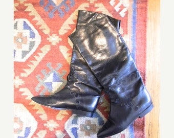 ON SALE vintage. Classic Charles David Black Leather Riding Boots / Size 9
