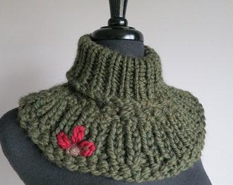 Wool Acrylic Yarn Forest Dark Khaki Green Color Chunky Turtleneck Capelet Collar Dickey Cowl Gaiter