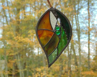 Stained glass leaf suncatcher, Autumn window decoration in green colors of fall, unique hanging leaf decor, glass art abstract colorful leaf