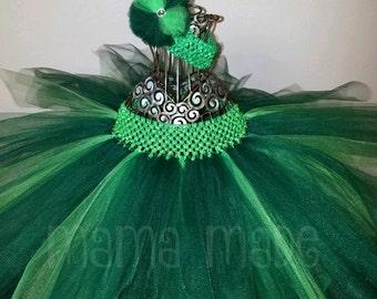 Emerald and Hunter Green Tutu, Green Tutu, St. Patty's Day Tutu, St Patricks Day Tutu, Flower Girl Tutu, Birthday Tutu,green christmas tutu