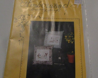 Amberwood Country Crafts Honeybees and Ladybirds Threads of Time Australia  Bear Patch Quilting Company