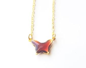 Small vintage plum resin and gold butterfly charm necklace - gold cable chain 18 inch