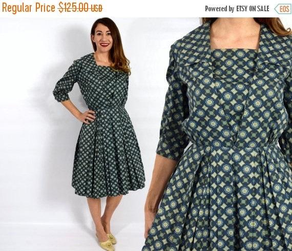 SummerS SALE 1950s Green Cotton Dress   Geometric Print Day Dress   Full Pleated Dress, Medium