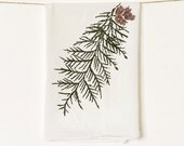 Cedar Kitchen Towel : Pine Cone Flour Sack Towel for Holiday Decorations