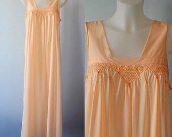 Vintage Peach Nightgown, Peach Nightgown, Vintage Nightgown, 1970s Nightgown, Princess by Kovacs, Nightgown