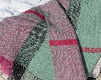 Modern Rustic Country Home Decor Green Plaid Mohair Blanket, Hand Woven Throw Blanket, Mountain Cabin Farmhouse Handmade Blanket Sofa Throw
