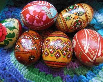 Vintage Handpoainted Wooden Egg Lot of 6 Unique Collectibles
