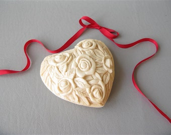 Paperweight, heart, embossed, carved