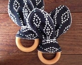 Aztec Wood Teether, Black and Ivory, High Contrast, Gender Neutral, Nomad, Triangle Diamond, Boy or Girl Shower Gift, Bunny Ear Teether Ring