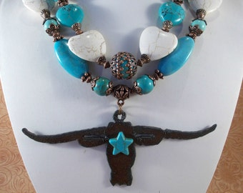 Western Cowgirl Statement Necklace Set - Chunky Aqua and White Howlite Turquoise - Texas Longhorn