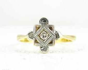 Art Deco Diamond Panel Ring, Five Stone Ring in Square Shape with Milgrain Beading & Pierced Design. Circa 1920s, 18 Carat, Plat