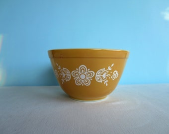 Vintage Butterfly Gold Pyrex Bowl - #401 Smallest Nesting Bowl