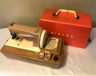 Singer mini sewing machine, Sew Handy, electric, children's, toy
