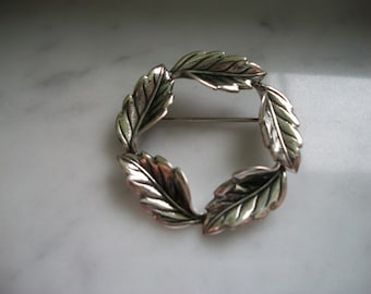 Sterling Silver Wreath of Leaves Brooch/Pin