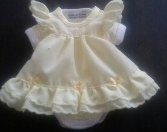 Sweet dress set for approx. 10-11 inch baby