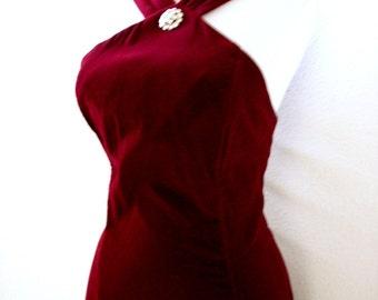 Vintage 70s 80s Cranberry Velvet Evening Dress - Merlot Velvet Prom Dress - Velvet Maxi Halter Dress - Size Medium 12