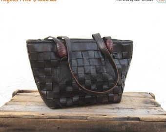 15% Off Out Of Town SALE Brown Tote Woven Tan Leather Ethnic Zip Top Medium Travel Tote