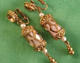 Vintage Emmons Dangle Clip on Earrings