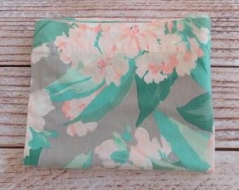 Vintage King Size Pillowcase / Pink & Gray Floral Print / Vintage Bedding / Linens