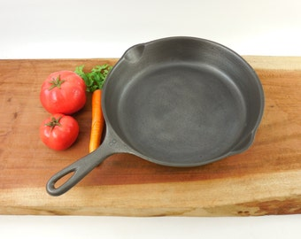 "Cleaned Wagner Ware Sidney O No. 8 Fry Pan Skillet - 10"" Cast Iron - 1058 H..."