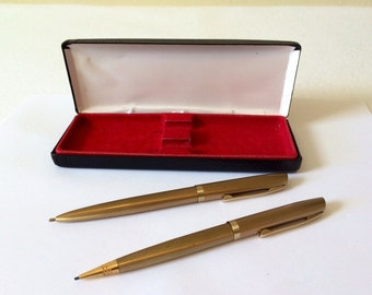 Vintage Pen and Pencil Set Brushed Gold USA With Gift Box