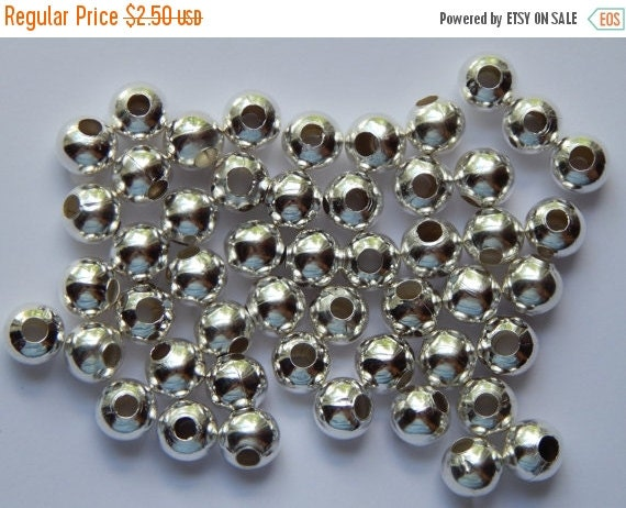 CLEARANCE 50 Pieces of Metal Jewelry Beads - 10mm Round, Iron Metal Beads, Silver Color, Plain Style, Bright and Shiny, Extra Large Size, Sp