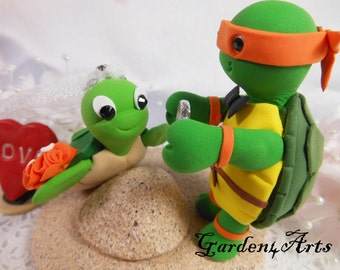NEW--Wedding Cake Topper--Custom Turtle Love with clay sand base