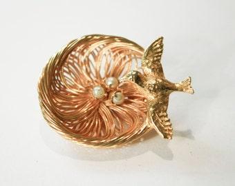 Gold Bird's Nest Brooch