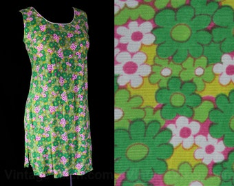 Size 10 Daisy Dress & Culotte Shorts Set - 1960s Green Pink Daisies Jersey Knit - 60s Scooter Dress - Eiffel Tower Label - Bust 35 - 45518