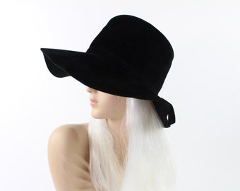 VINTAGE Wide Brim Hat Black Felt