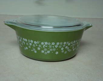 Pyrex Green Spring Blossom Large Casserole Dish with Lid